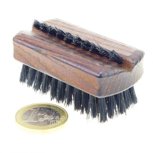 Nagelbürste Naturborste Holzgriff